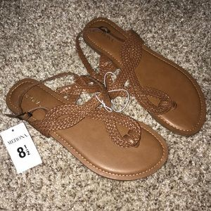 New with tags sandals!